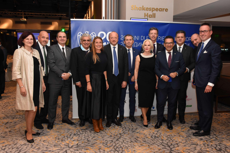 I rappresentanti di Confindustria Est Europa con il già Presidente di Confindustria, Vincenzo Boccia e il Vice-Presidente di Confindustria con delega all'internazionalizzazione, Barbara Beltrame. Sofia, ottobre 2020.